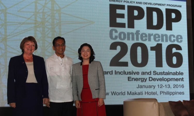 (L-R) United States Agency for International Development (USAID) Mission Director Susan K. Brems, Ph.D.; Socio-Economic Planning Secretary and National Economic and Development Authority Director-General Arsenio Balisacan, and Energy Policy and Development Program (EPDP) Program Director Dr. Majah-Leah Ravago at the opening of the conference.